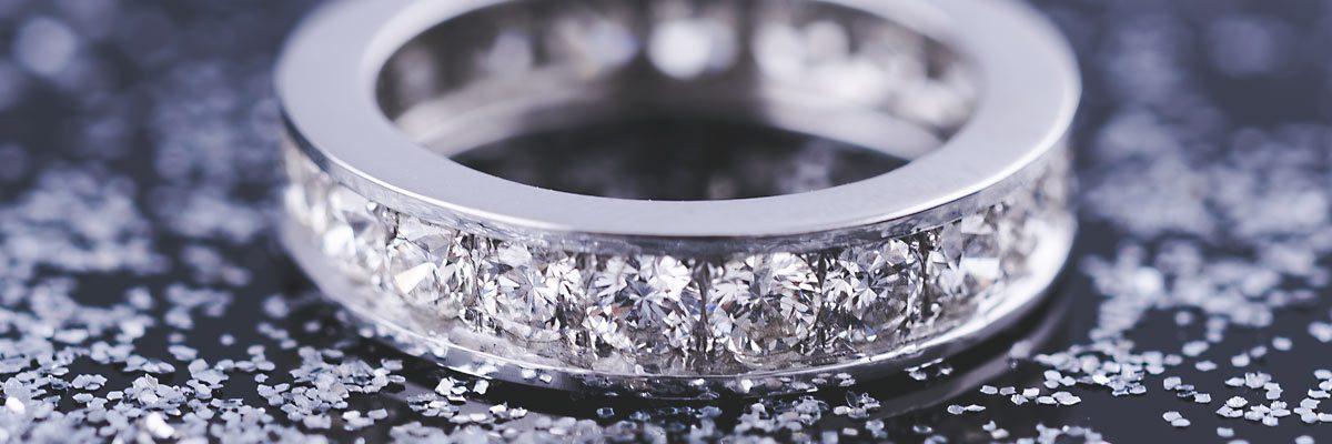 aliança de diamantes barato